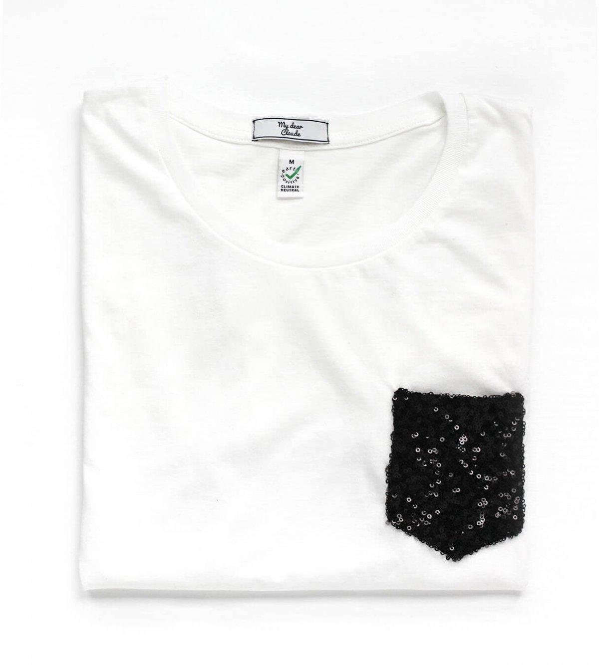 t-shirt blanc coton bio avec poche à paillettes noires